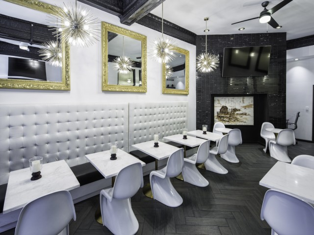 Adante Hotel Breakfast Lounge