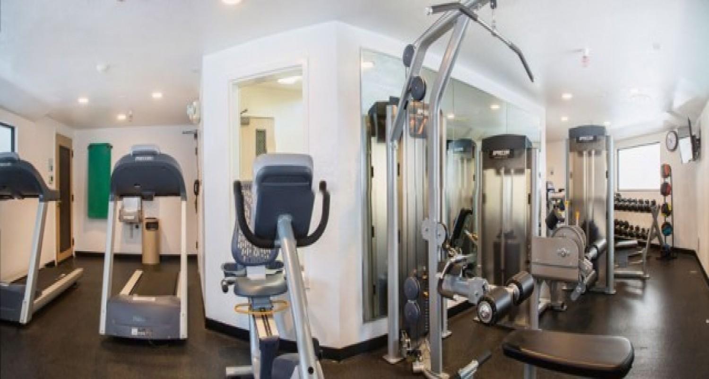 Fitness Room in Morgan Hill Hotels