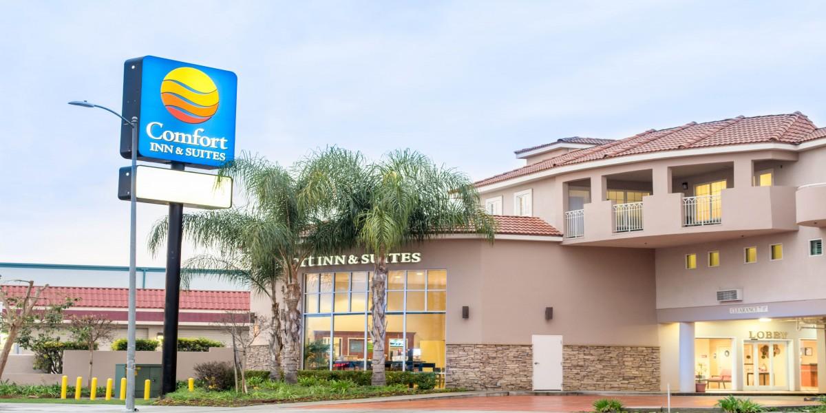 Comfort Inn & Suites North Hollywood