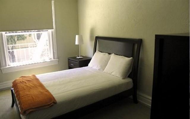 San Francisco Guestroom