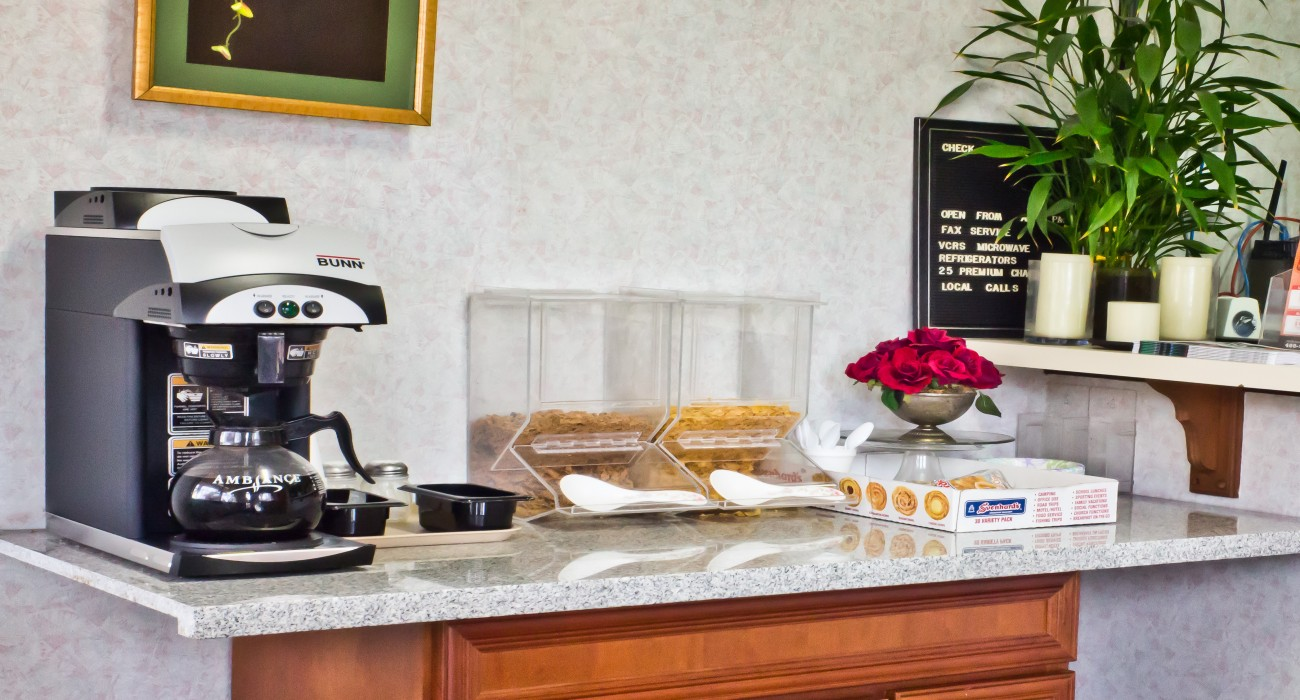 Valley Inn - Free Continental Breakfast