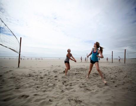 River Inn Hotel in Seaside, Oregon - Beach Volleyball near the River Inn