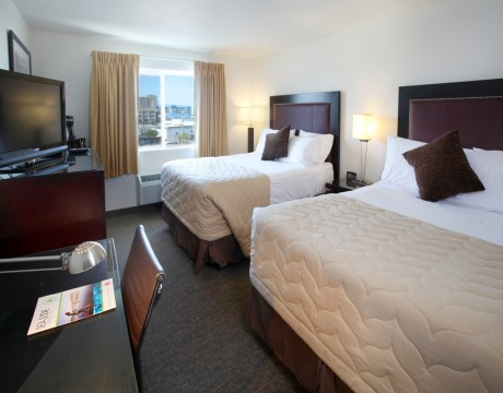 River Inn Hotel in Seaside, Oregon - Two Queen Room without View