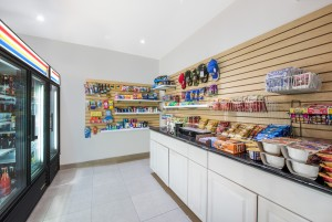 Ramada San Diego Airport - Pick up supplies and snacks at our very own mini mart