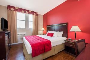 1 King Bedroom ADA Compliant