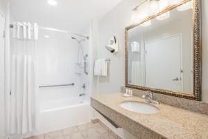 Ramada San Diego Airport - Full Bathroom with Granite Vanity