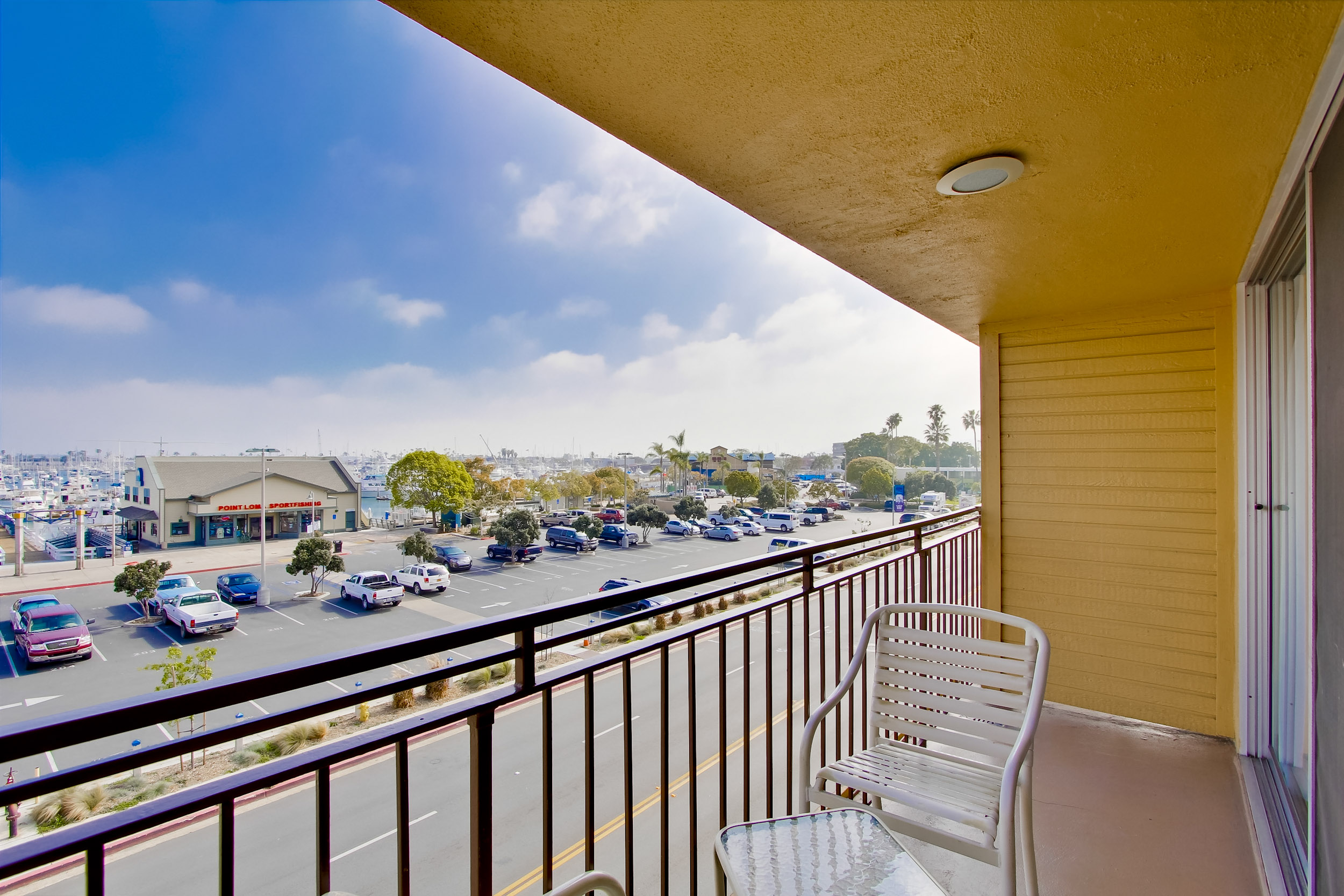 Ramada San Diego Airport - Some of our guest rooms enjoy private balconies