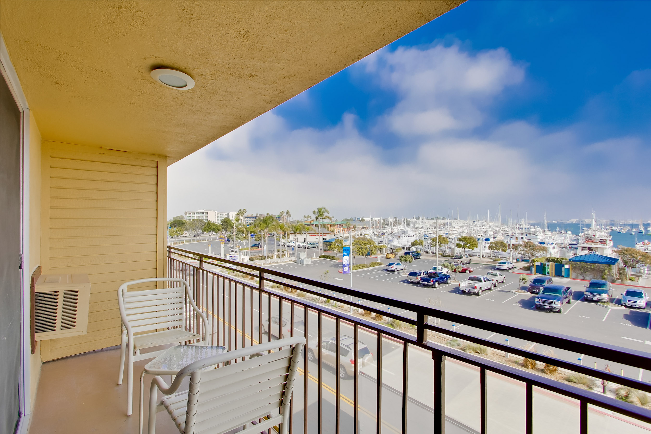 Ramada San Diego Airport - Private Balcony in King Guest Room with Balcony