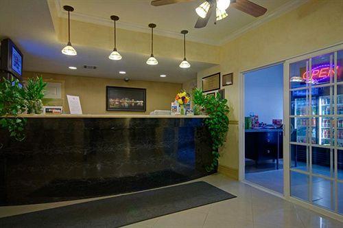 Ramada San Diego Airport - Reception